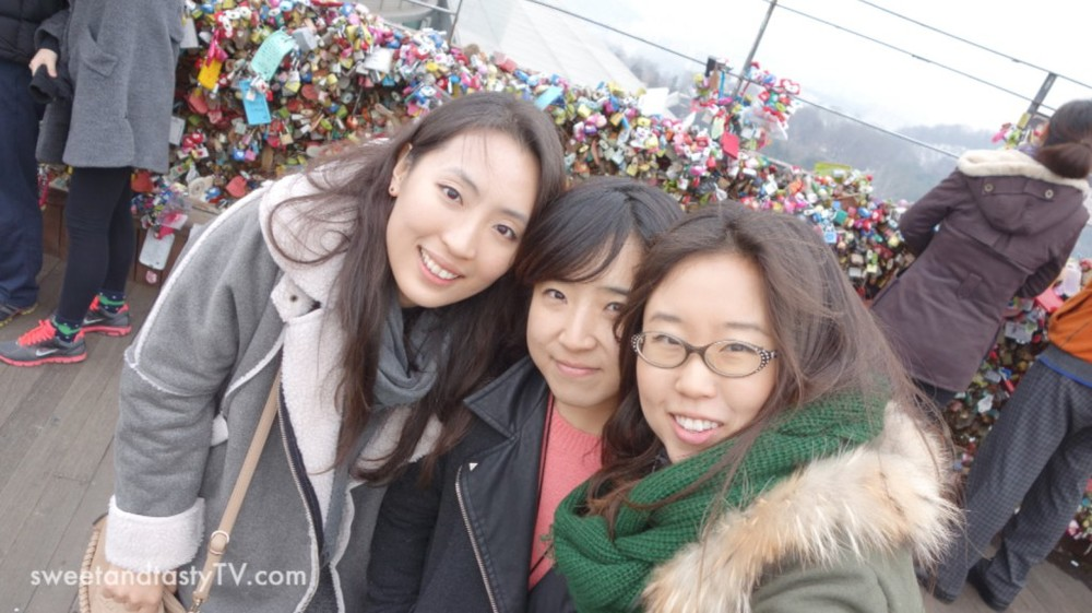 tres-amigas-1024x574.jpg