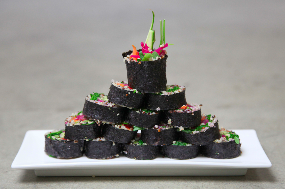 vegan-kimchi-kimbap-recipe-5-pyramid-SMALLER-1024x680.png
