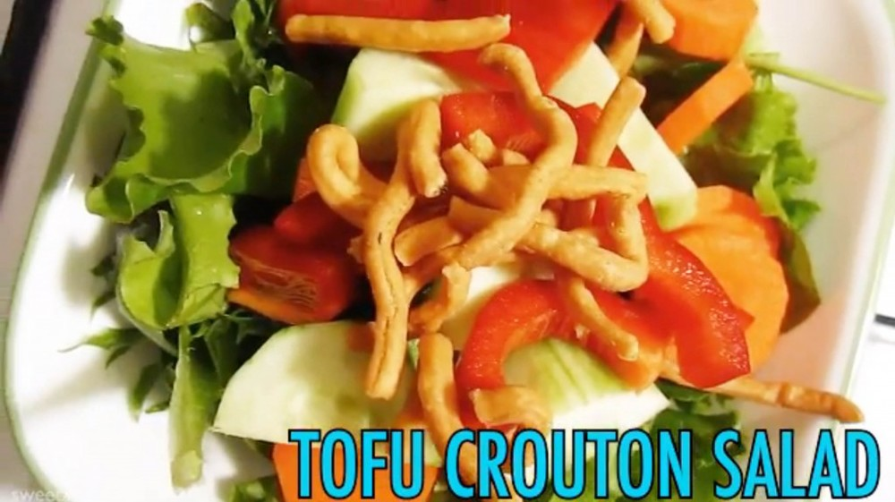 tofu-crouton-salad-1024x574.jpg