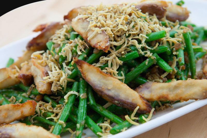 四季豆双脆 Fried Brinjal & Four Season Beans with Shrimp