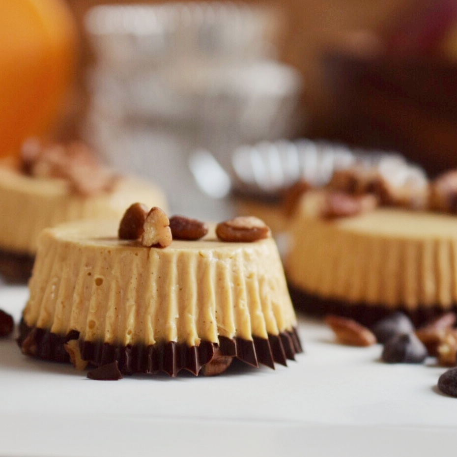 No Bake Two Bite Pumpkin Cheesecakes (Paleo, dairy-free)