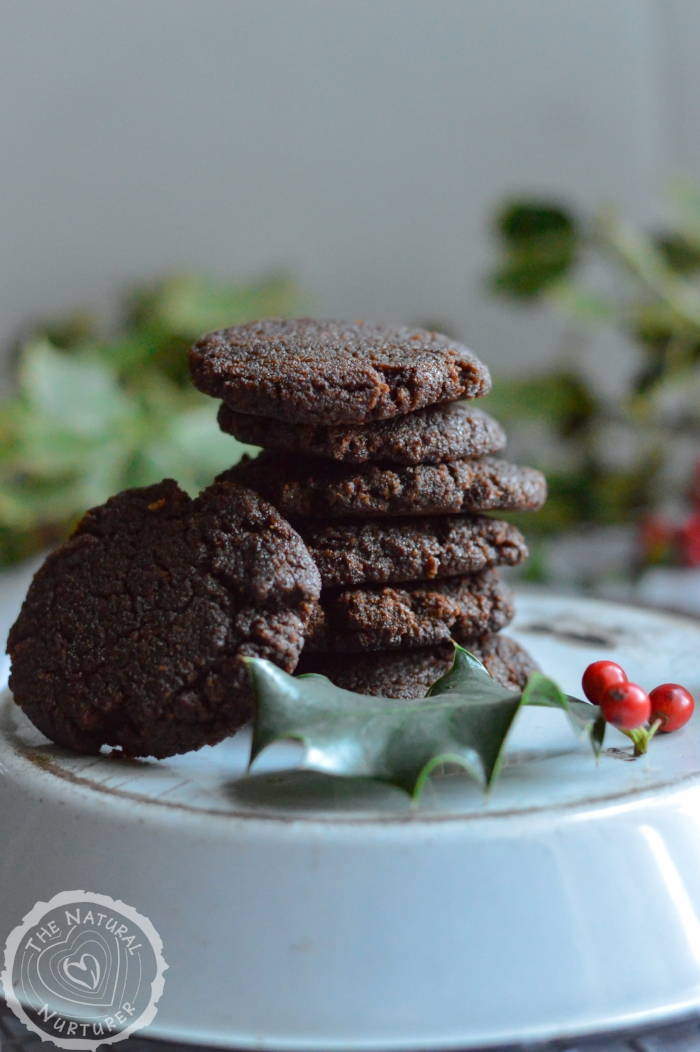 25 Grain-Free Holiday Cookie Recipes