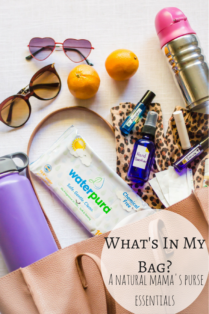 What's in my bag: this natural mama's purse essentials