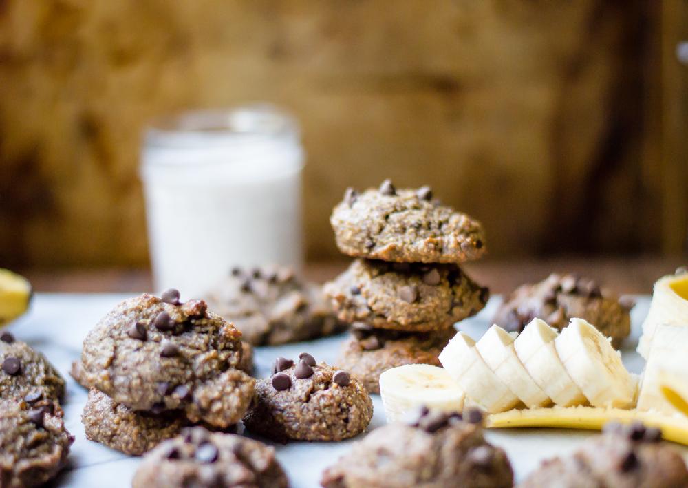 Flourless Chocolate Chip Banana Breakfast Cookies
