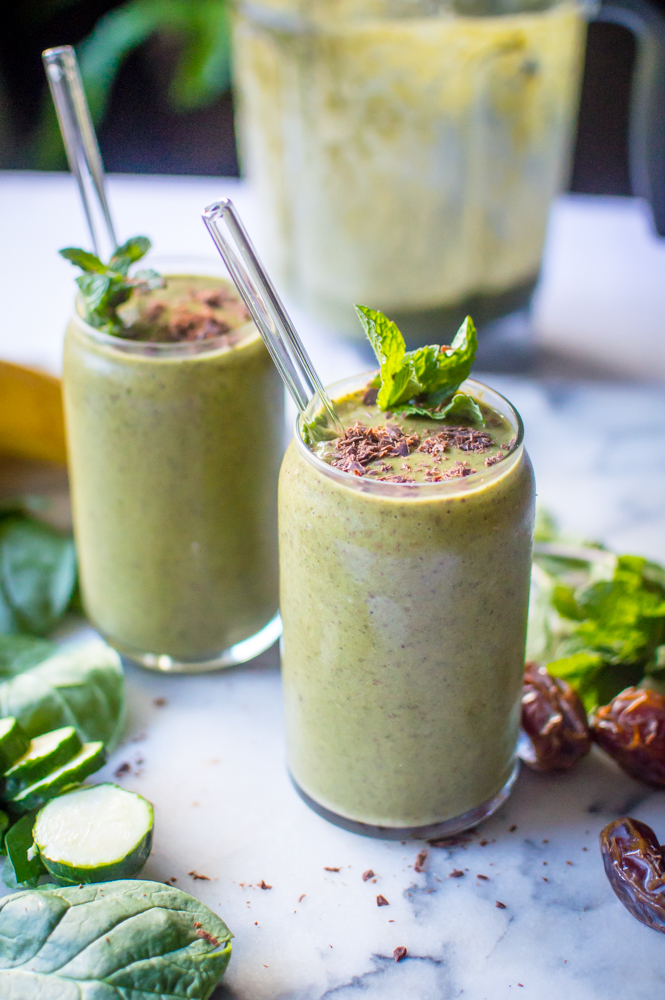 Veggie-Loaded Mint Chocolate Shake