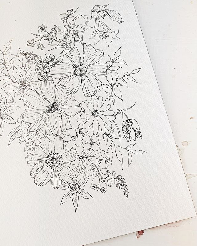 🌼EXCITING ANNOUNCEMENT!🌼 After years of y'all asking for originals, I am very happy to say That I will soon be releasing a collection of these Sumi ink florals...and a few mixed media paintings as well! . I'll have all the details about it soon! I'm so happy to be adding this new side to my business! . And thank you for all the support these past five years! I truly feel like the luckiest girl! So cheesy, so true!