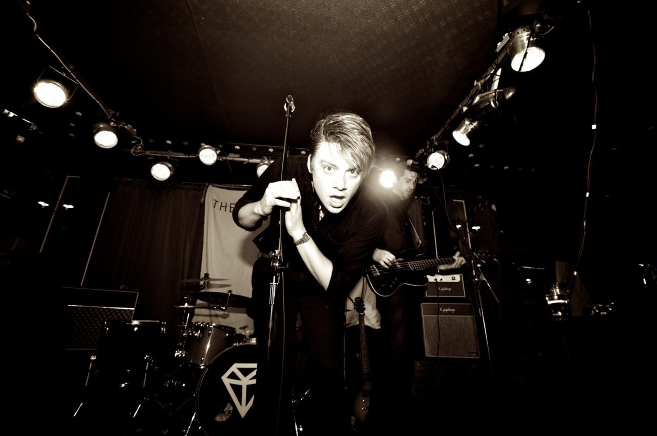 Hugh Viney (Vox,The Diamond Noise)