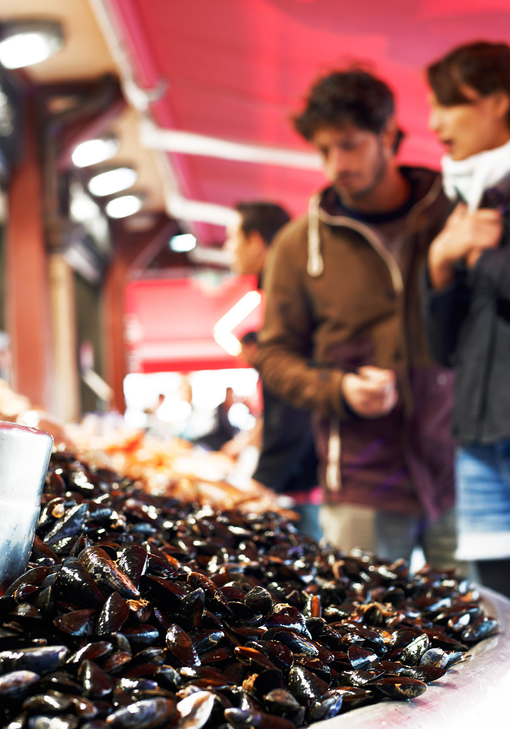 mussels-and-shoppers.jpg
