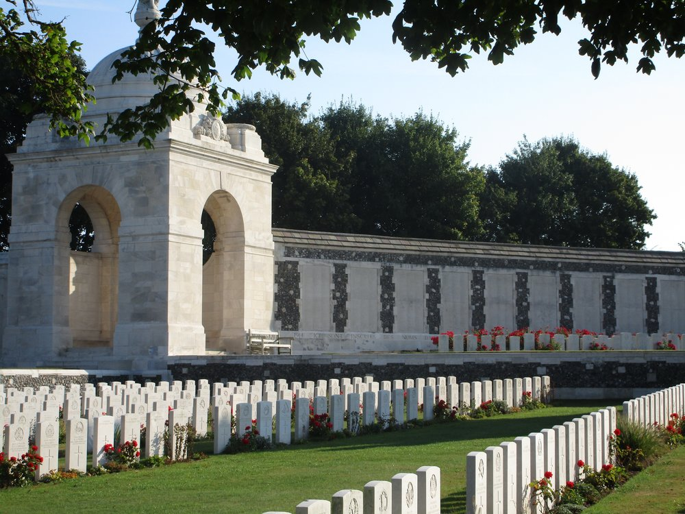 Australian war graves at Tyne Cot in France