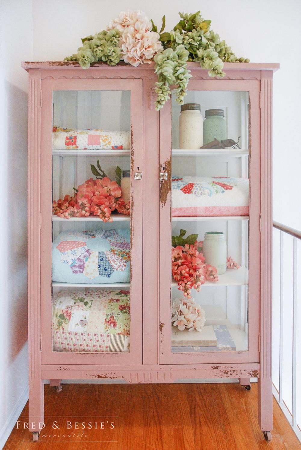 Arabesque Quilt Cabinet
