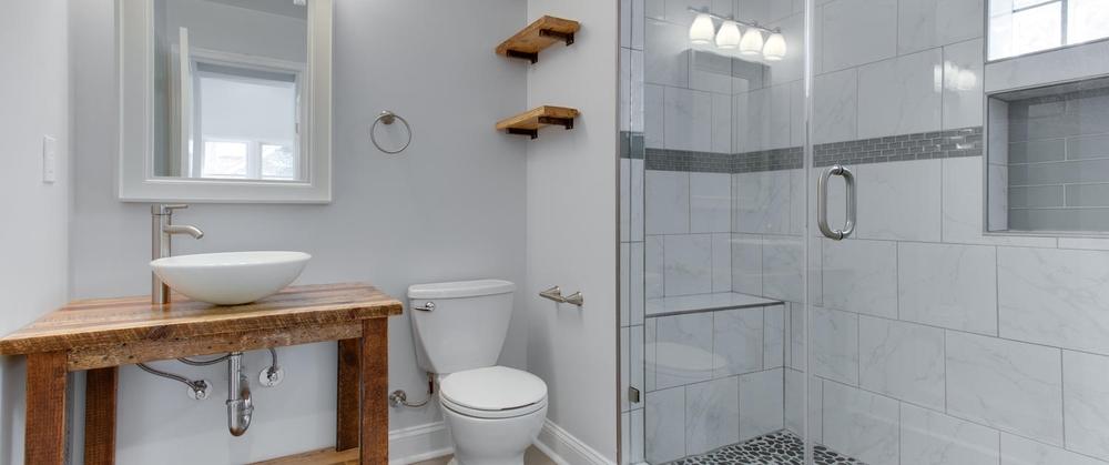 4028 24th St NE Washington DC-large-023-Bathroom-1500x1000-72dpi.jpg