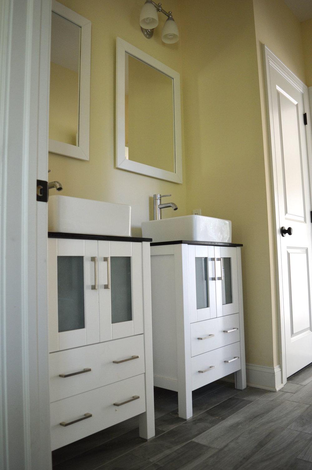 Holdeml Bathroom 1.jpg