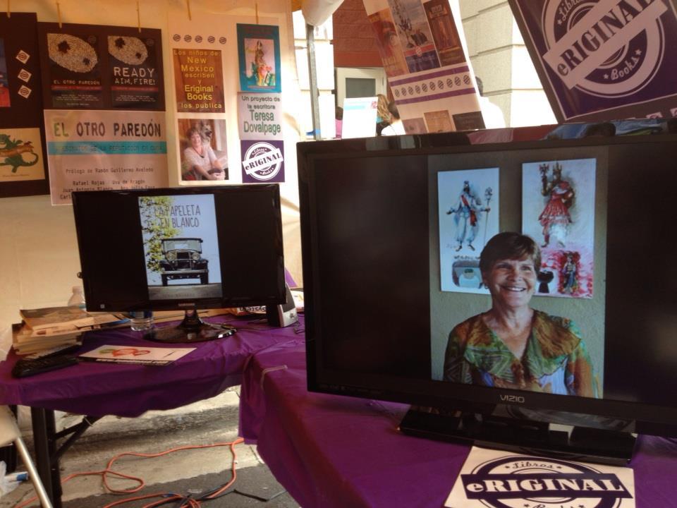 Elena en la Feria del Libro 2012 (2).jpg