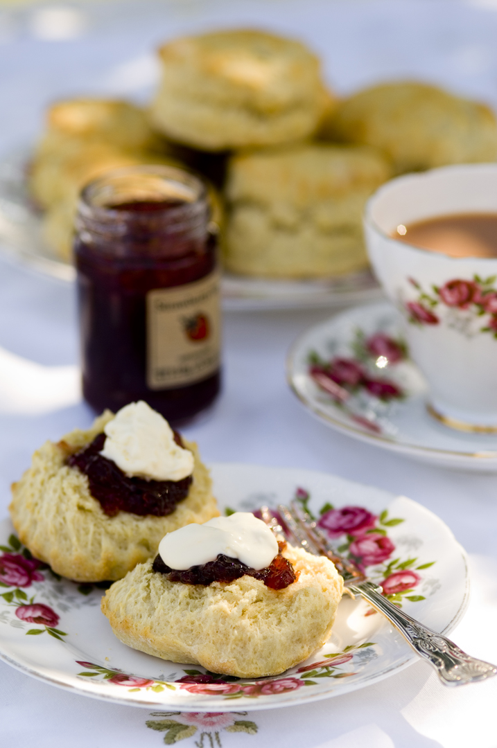 Cornish_cream_tea.jpg