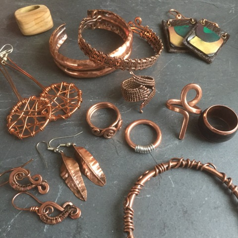 KERRLY COPPERS    Handcrafted copper jewellery for all, with a natural earthiness.  Some pieces have silver, leather, clay and wood incorporated into them.    Website:     kerrlycoppers.com     Twitter:     @kerrlycoppers     Instagram:  @kerrlycoppers      Facebook:  KerrlyCoppers