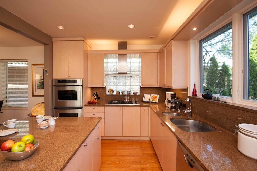 Lawrence6 kitchen.jpg