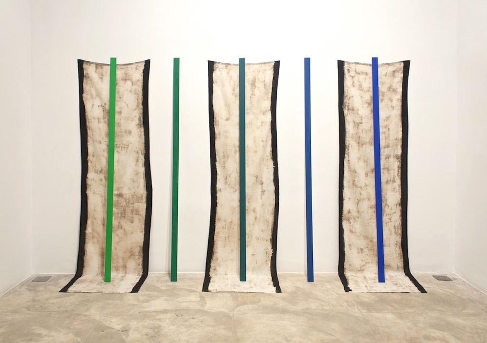 Gradient     2013 Chroma key blue and green on aluminum, bleached linen 109.2 x 70.2 x 15.6 in/ 280 x 180 x 40 cm