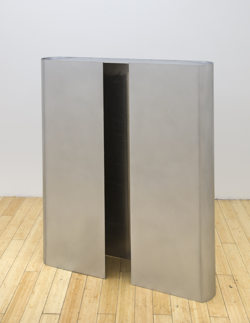 chassis_halfmonolith_tower_ver_1.0.srvr   2015  Shaped aluminum with lacquer finish and Sex Wax  52 x 41 x 8 in/ 132.1 x 104.1 x 20.3 cm