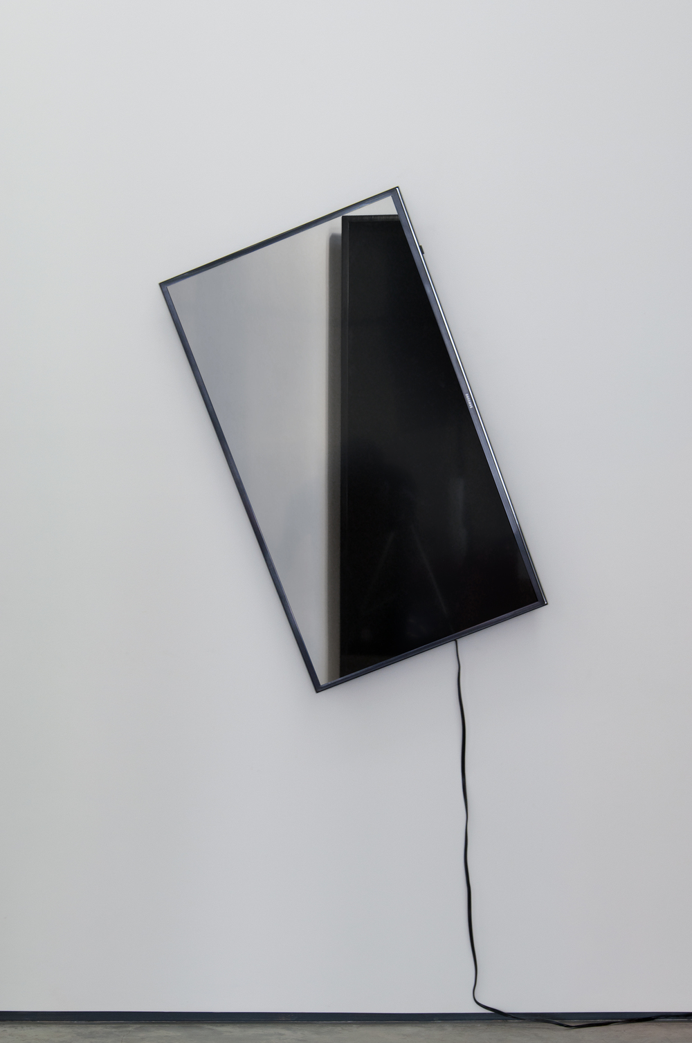 TV Sculpture (1) ,  2016  Ultra High-Definition TV  Continuous loop   41.5 x 32.75 in/ 105.4 x 83.2 cm  UNIQUE