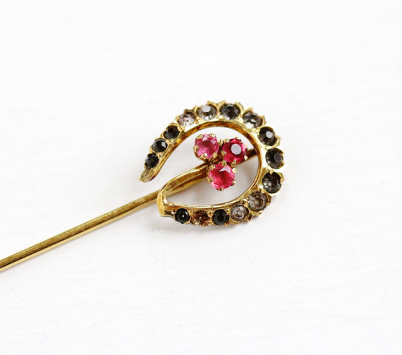 Lucky Horseshoe & Clover Stick Pin with Rhinestones & Simulated Ruby Cluster.