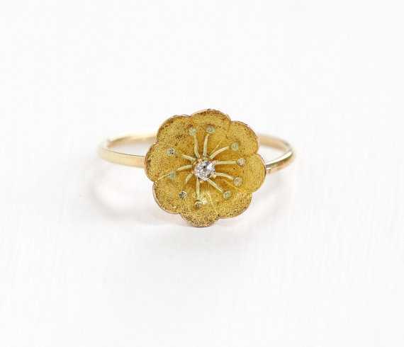 Scalloped Petal Vintage Buttercup Motif Ring with a Genuine Old Cut Diamond.