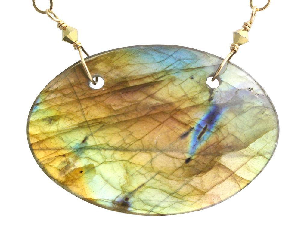 AZ_labradorite oval pendant.png