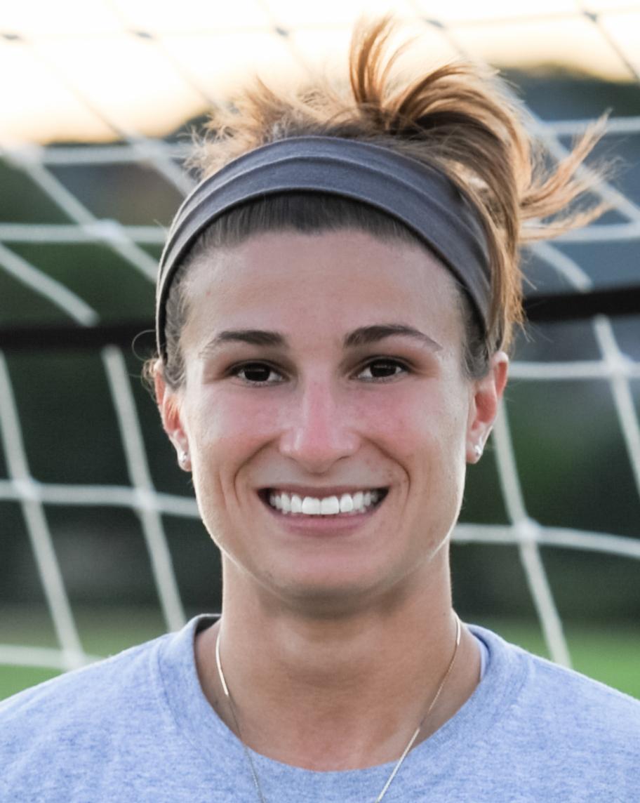 Coach Lauren Alkek
