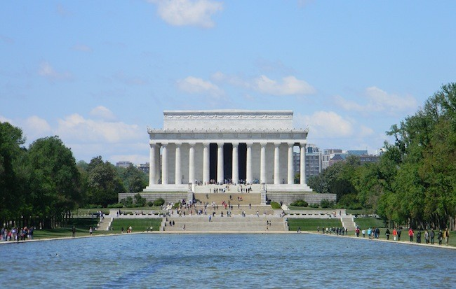 lincoln_monuments-and-memorials-650x413.jpg