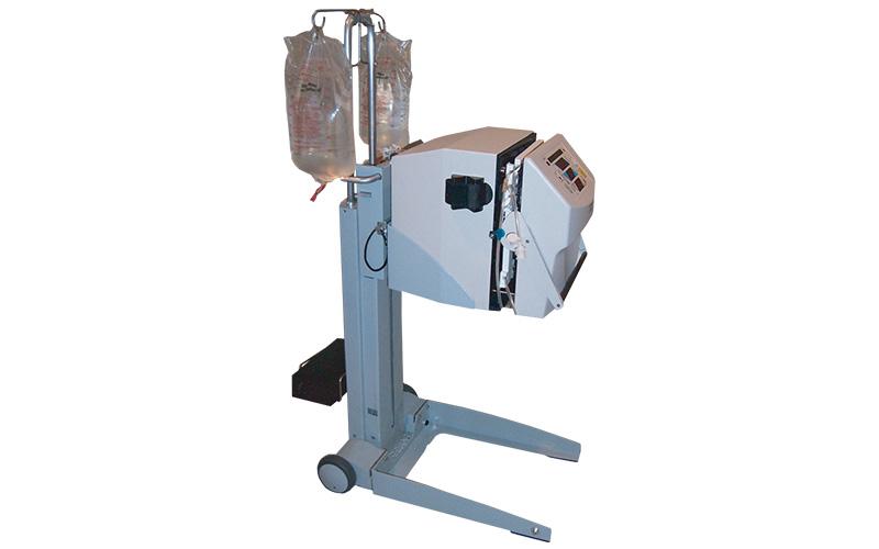 nxstage-mobile-dialysis-cart-system-portfolio-image-1