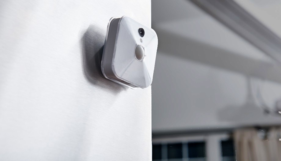 "WIRELESS SECURITY<a href=""/blink-for-immedia-semiconductor""></a><strong>Blink™ Home Security</strong>"