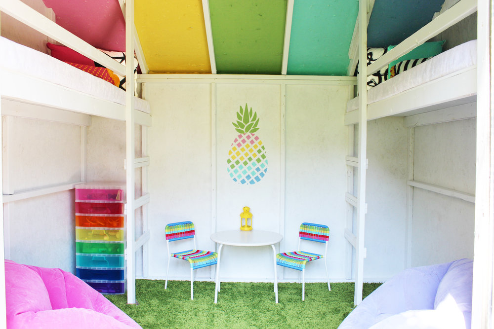 Pineapple Clubhouse