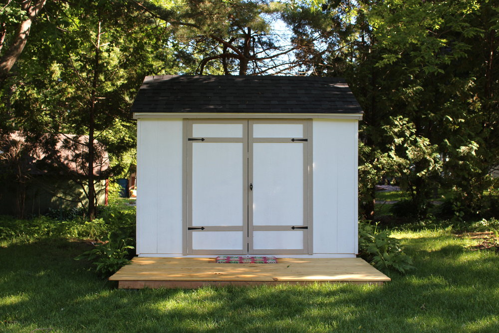 Exterior Pinneapple Clubhouse (Shed)