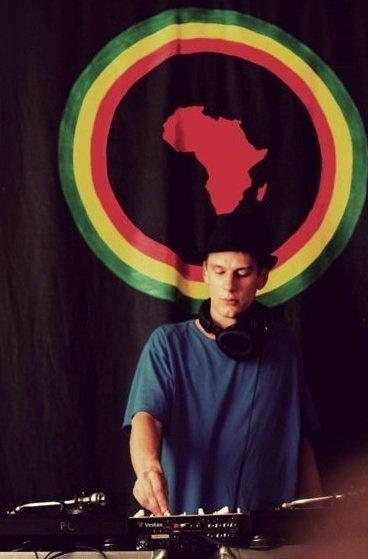 Steve DJ.jpg