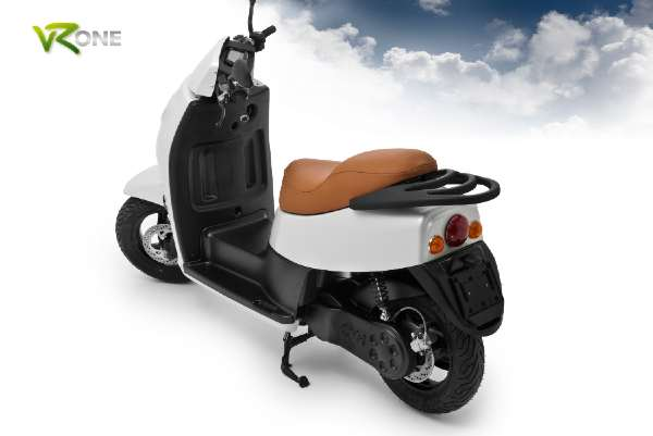VROne Scooter