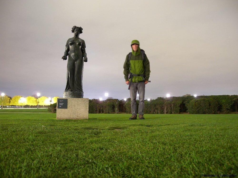 kelly statue.JPG