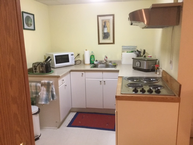 Kitchenette also contains a cook-top stove(no oven)