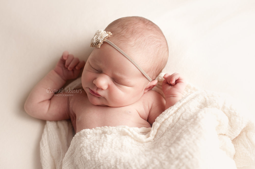 Rachel-Walters-Photography-Macomb-County-New-Baltimore-Chesterfield-Mt Clemens-Michigan-Newborn-Photographer-2.jpg