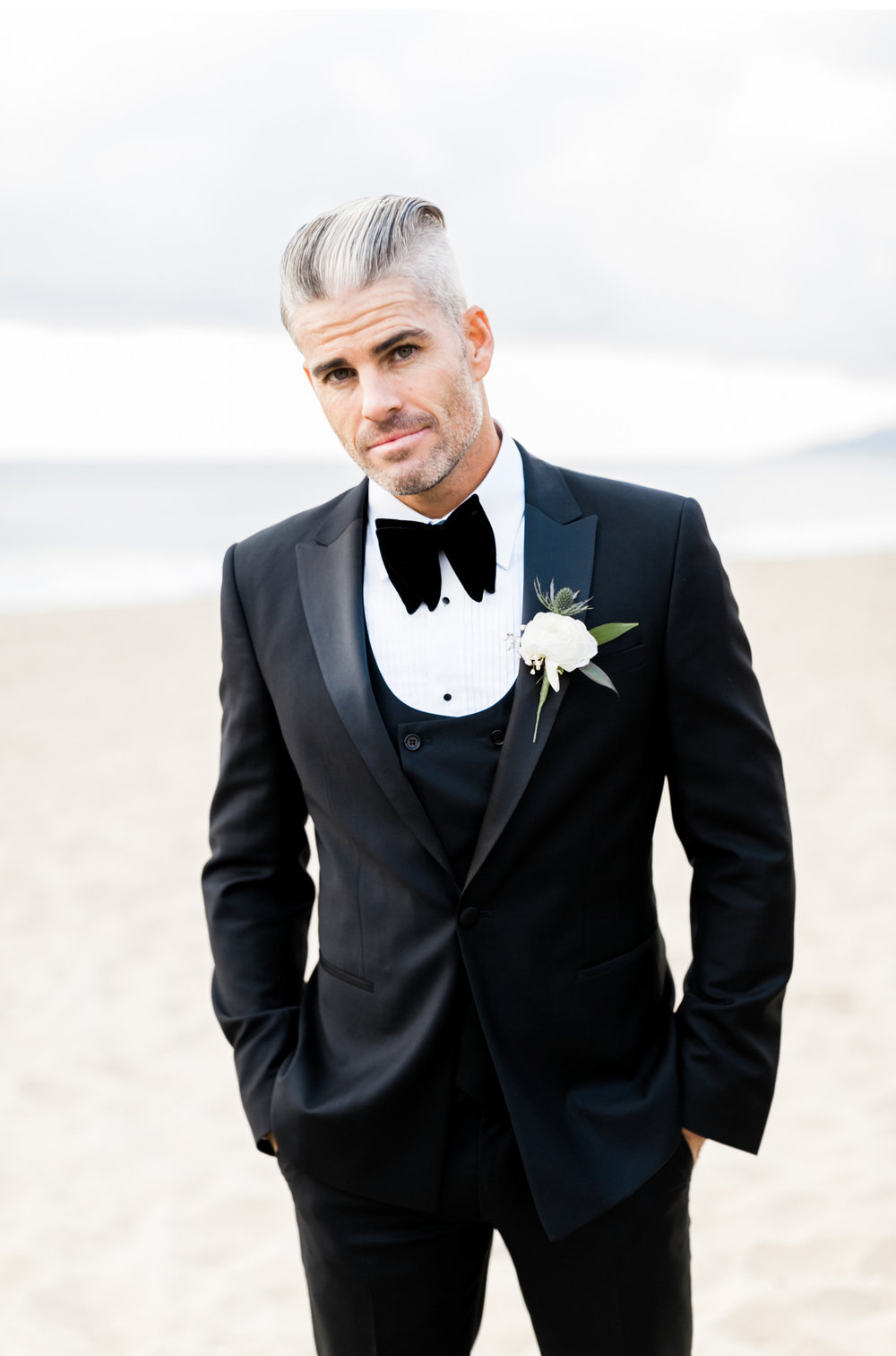 Rod-and-Lorin-Brewster-Style-Me-Pretty-Malibu-Beach-Wedding-Natalie-Schutt-Photography_15.jpg