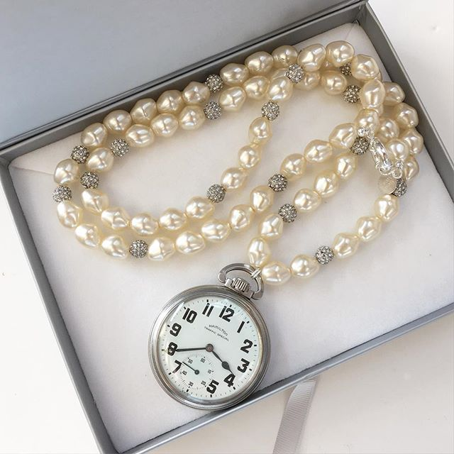 A special client came to me with a few of her Grandparents pieces of jewelry to see how I could transform them into Necklaces she can wear today. I love how the pearls and rhinestones against her grandfathers pocket watch make a chic everyday wearable statement piece! Stay tuned for more reveals! #madamemathilde #oneofakind #pocketwatch #pearls