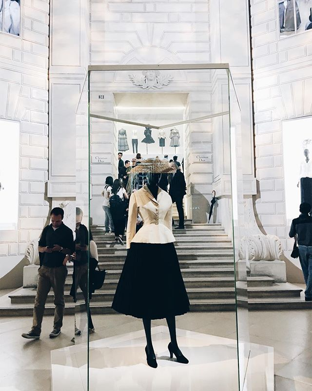 Happy that I get to see my favorite designer's exhibit in my favorite city, Paris - Christian Dior, Couturier du Rêve #iconic #dior
