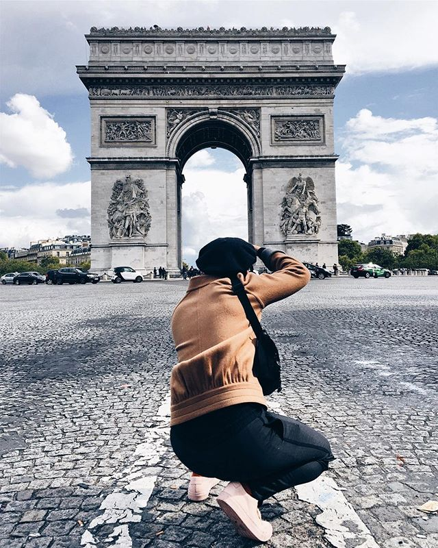 Caught in the act #arcdetriomphe