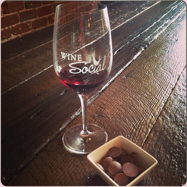 Come in for #SundayFunday at Wine Social! Open till 5PM 😀🍷