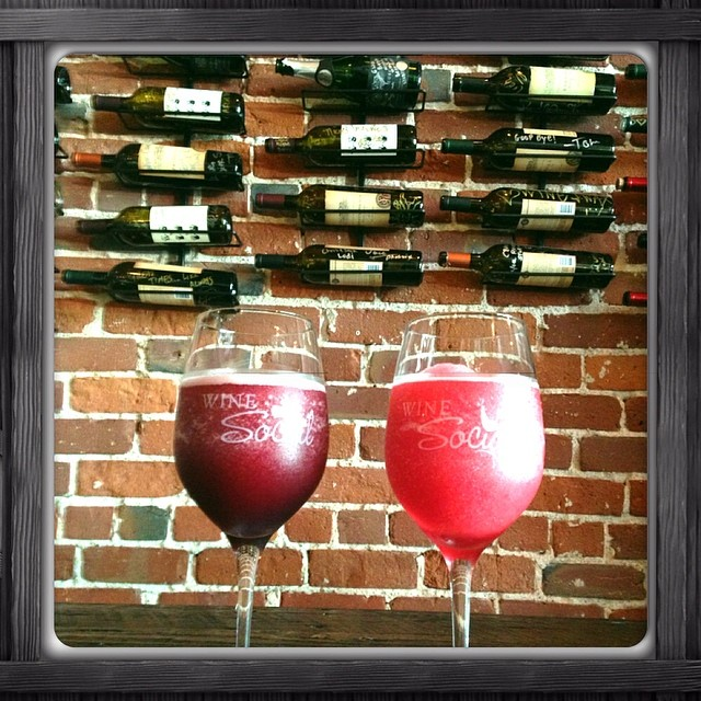 #winesocial #wineslushy Come join us for glass!!!
