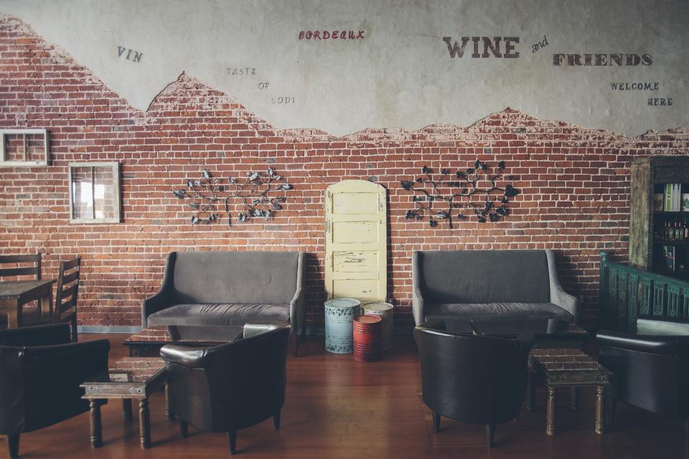WineSocial_001.jpg