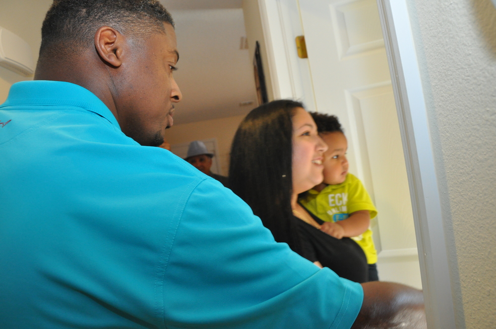 Homes for the Holidays serves single-parent Habitat for Humanity new homeowners with down-payment assistance, food and home furnishings. Donateto better futures.