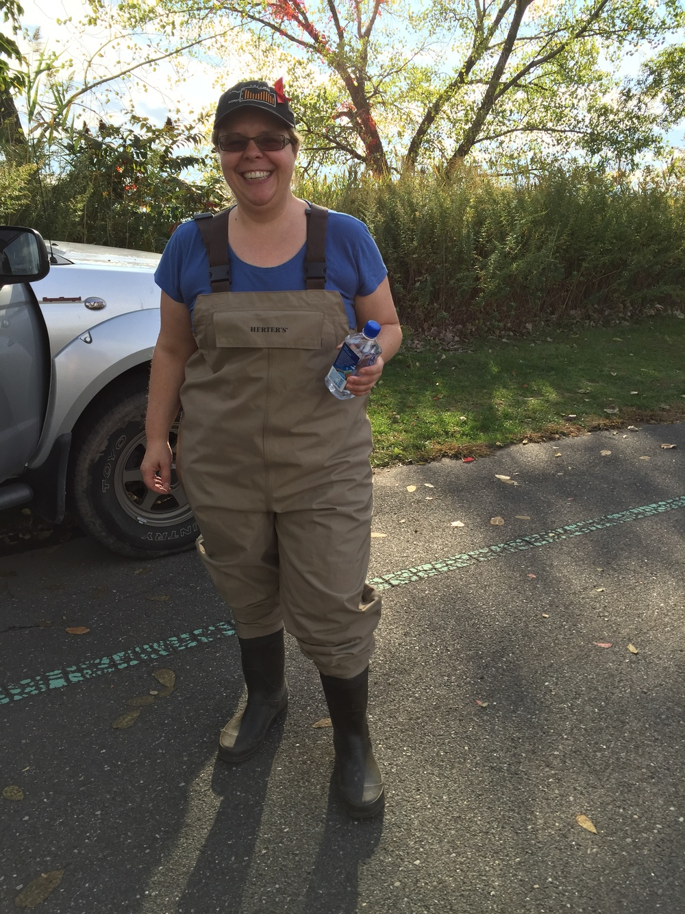 Liz, in waders, ready to jump into the Bronx River!  Photo Credit: Liz Summit, 2015