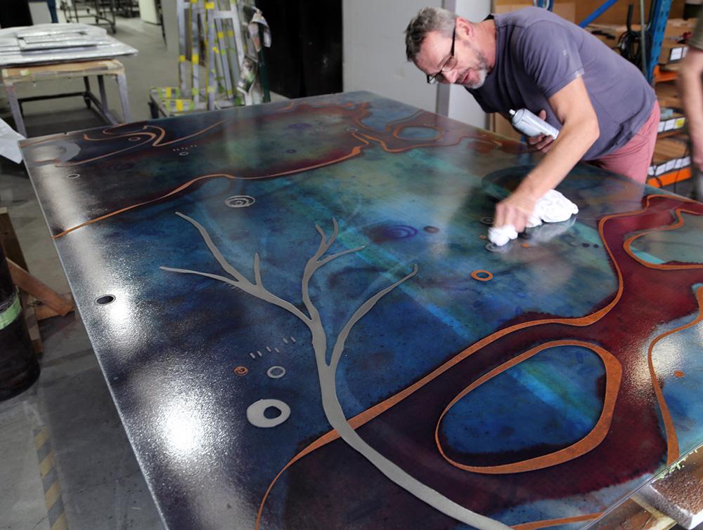 3303_Jessica-Birk_Ipkendanz_Aboriginal-Glass-artwork-screen_Brown-Rust_Pewter_2.jpg
