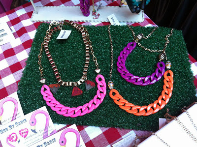 Chunky Chains at the Mighty Mighty Market