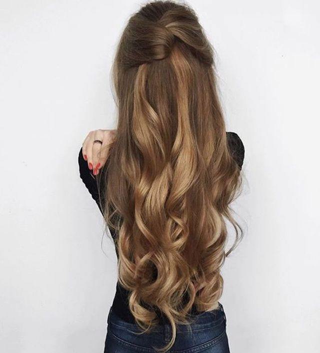 Twisted-half-up-hairstyle-2018-long-wedding-hair-trends.jpg