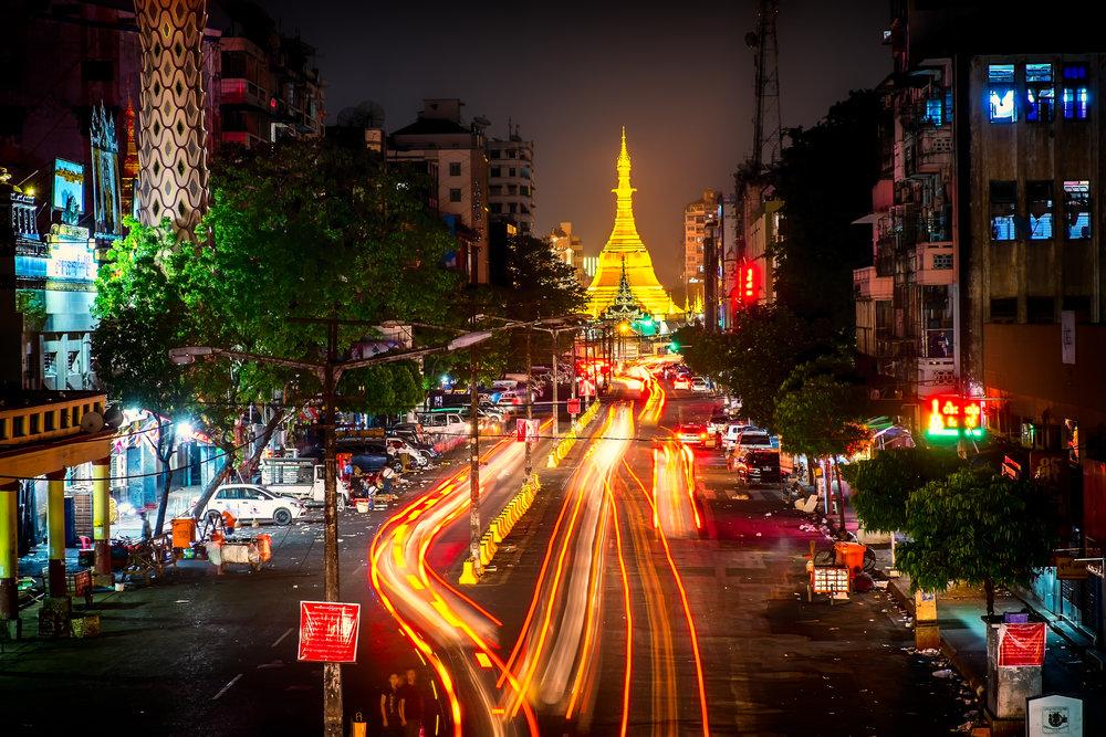 Sulé Pagoda, yangon, myanmar